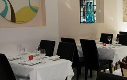 Mango Lounge Windsor -Interior 1