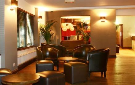 Yuzu Lounge Bar -Interior 1