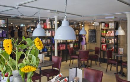 Bill's - Farnham -Interior 2