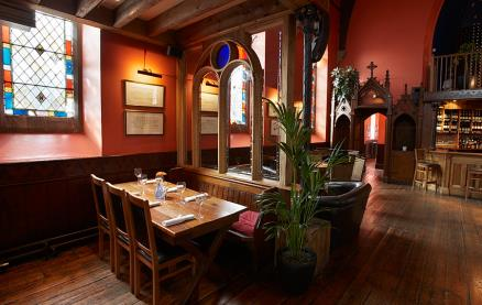 Bel & The Dragon (Godalming) -Interior 1
