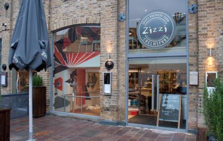 Zizzi (Chelmsford) -Exterior