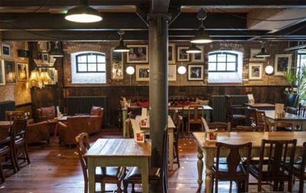 Vivo Lounge -Interior 1