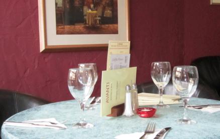 Avanti Bistro & Café -Interior 1