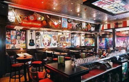 TGI Friday's (Cheshire Oaks) -Interior 1