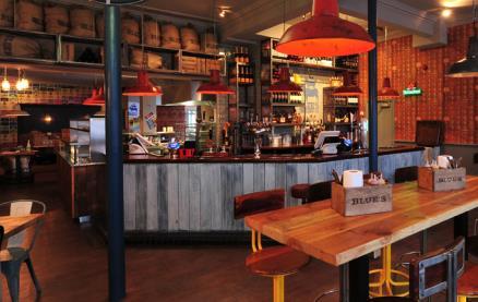 Blue's Smokehouse (Twickenham) -Interior 1