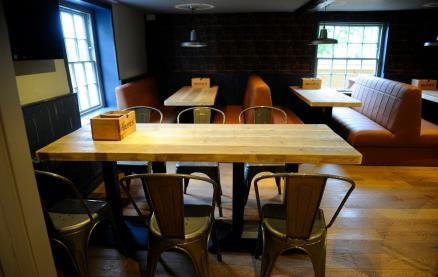 Blue's Smokehouse (Bracknell) -Interior 1