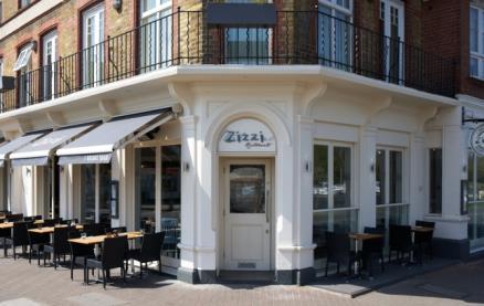 Zizzi (Hampton Court) -Exterior1