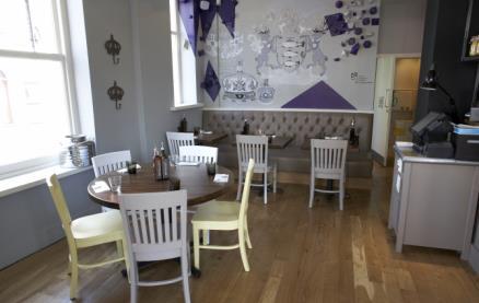 Zizzi (Kingston) -Interior 1