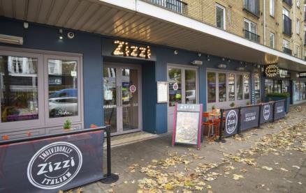 Zizzi (Chiswick) -Exterior1