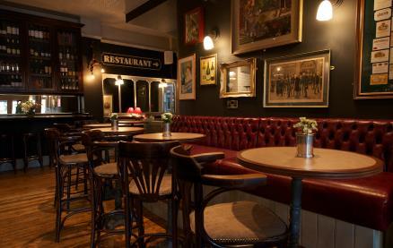 Daly's Wine Bar -Interior 2