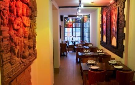 Thai Square (Wig & Pen) -Interior 1