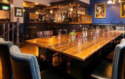 De Hems Dutch Café Bar -Interior 1