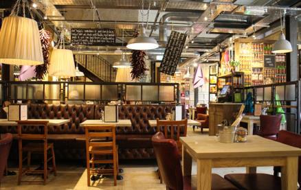 Bill's - Nottingham -Interior 1