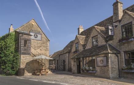 The Priory Inn -Exterior