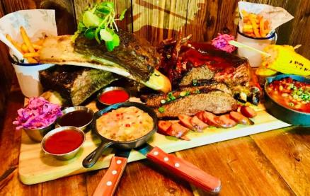 Deadwood Smokehouse -Food 1