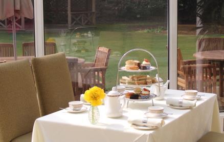 Woodside Hotel -Afternoon tea