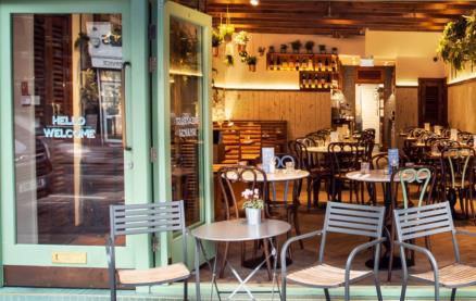 Bob's Cafe (Queen's Park)