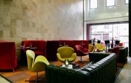 Thomas Restaurant & Bar