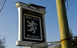 The White Lion (Thakeham)