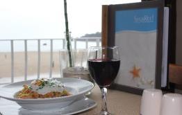 SugaReef Bar and Restaurant